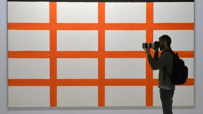 Obra de Günther Förg en la exposición Arte contemporáneo (1984-2010). Colección Fundación Bancaja. Centro Cultural Bancaja, Valencia.