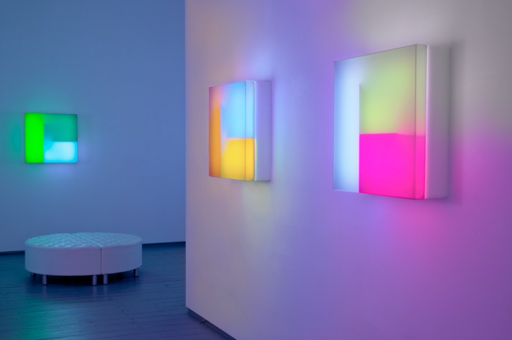 Vista de la exposición 'Light', de Brian Eno.