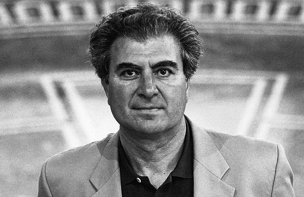Cesar Antonio Molina
