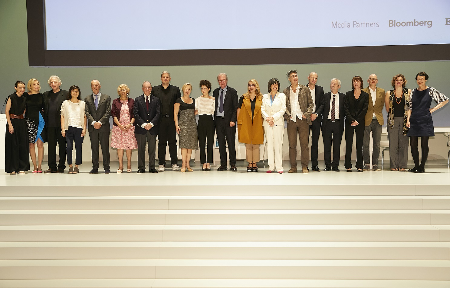 Participantes del fórum Future is now, organizado por Norman Foster Foundation en el Teatro Real de Madrid.