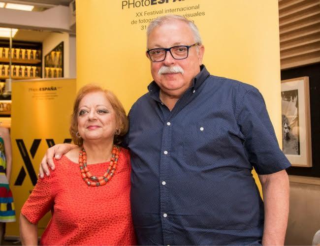 Los fotógrafos Cristina García Rodero (Puertollano, 1949)  y Juan Manuel Diaz Burgos (Cartagena, 1951) han sido galardonados respectivamente con los Premios PHotoESPAÑA y Bartolomé Ros.