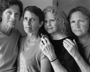 The Brown Sisters. Las hermanas Brown. 2016. Copia en gelatina de plata. 45,4 x 57,1 cm. Colecciones Fundación MAPFRE. FM002498.