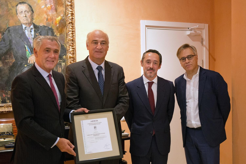 De izquierda a derecha, Evelio Acevedo, Fernando Benzo, Jesús Gómez-Salomé y Guillermo Solana