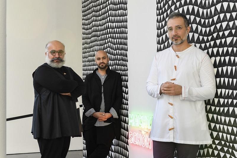 RAMIN Y ROKNI HAERIZADEH Y HESAM RAHMANIAN, Premi Fundació Han Nefkens-MACBA. Foto: Miquel Coll.