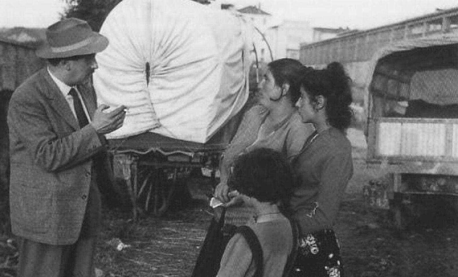 Pinot Gallizio en Alba. Cortesía: Archivo Gallizio, Turín.