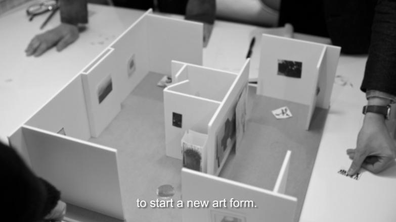 Cristina Garrido. Boothworks. Video digital monocanal. 16:9 HD con sonido, blanco y negro. 13'32'.