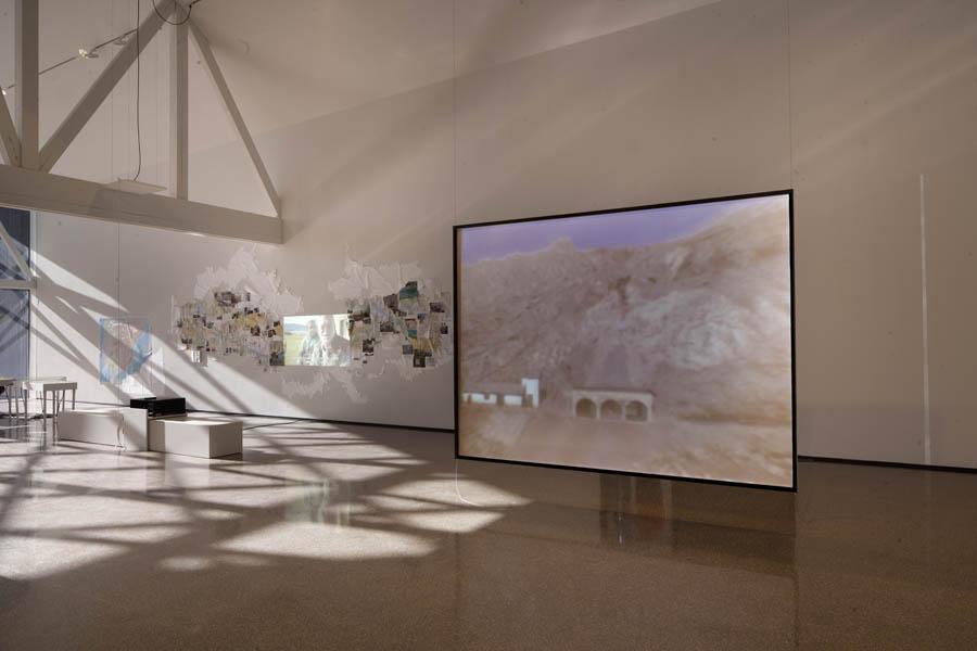 Vista de la exposición 'REGIÓN (Los relatos). Cambio del paisaje y políticas del agua' en FCAYC.