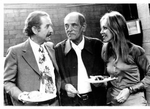 carlosfuentes, su mujer Silvia Lemus y Buñuel a finales de los sesenta