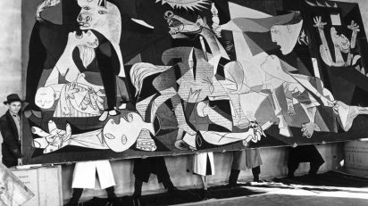 Pablo Picasso Guernica is seen at the Museum of Modern art in Stockholm. Sweden. 1956. Foto: Kary Lasch / TT Kod: 4520.