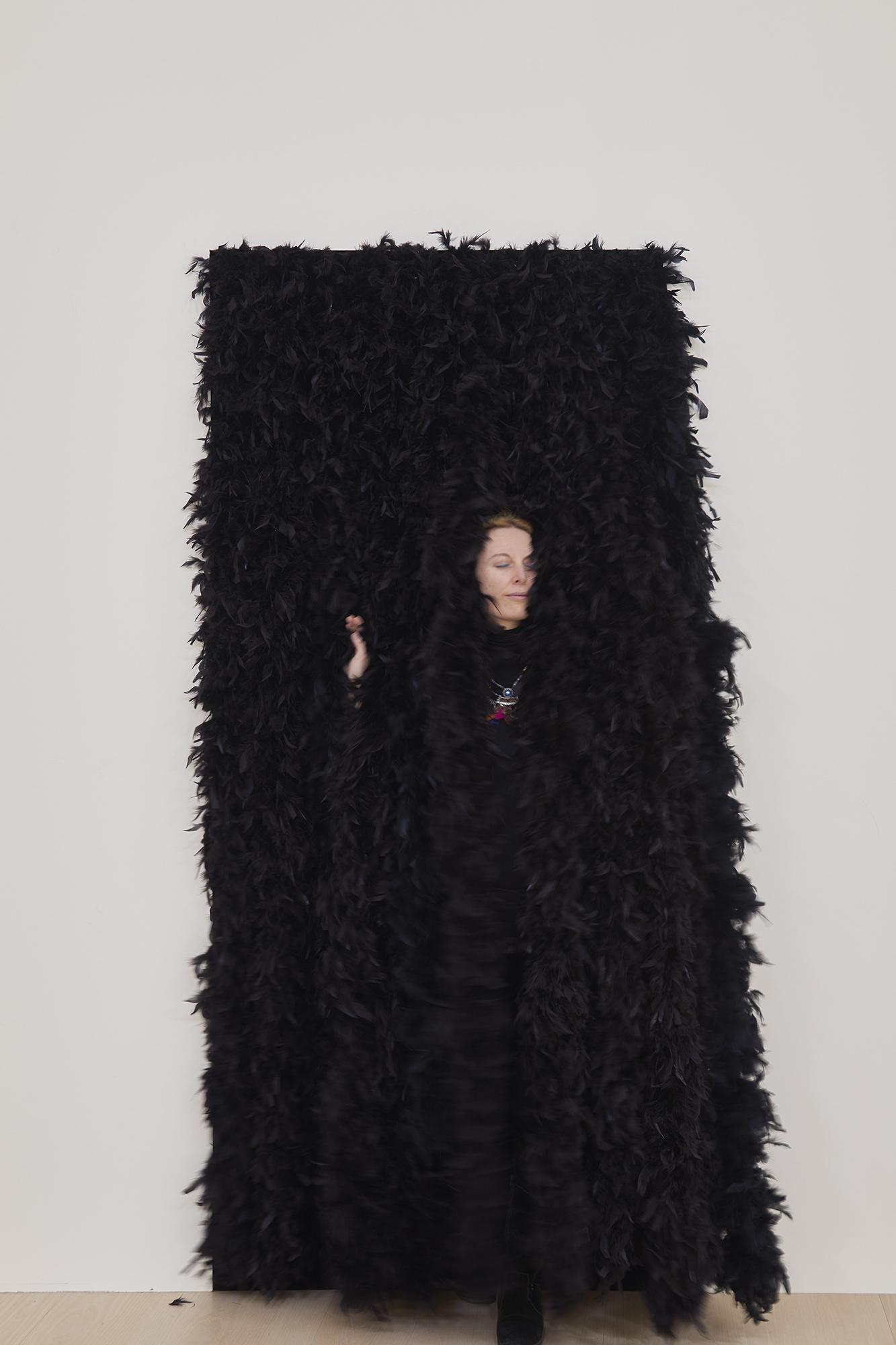 Esther Ferrer. Entrada a una exposición, 1990/2018. © Esther Ferrer, VEGAP, Bilbao, 2018. Foto: Erika Ede.