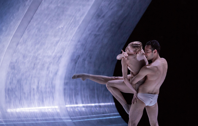 Postgenoma. Foto: Dresden Frankfurt Dance Company.