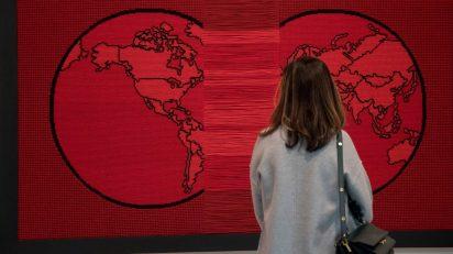 Exposición 'Visiones de la tierra / El mundo planeado'.
