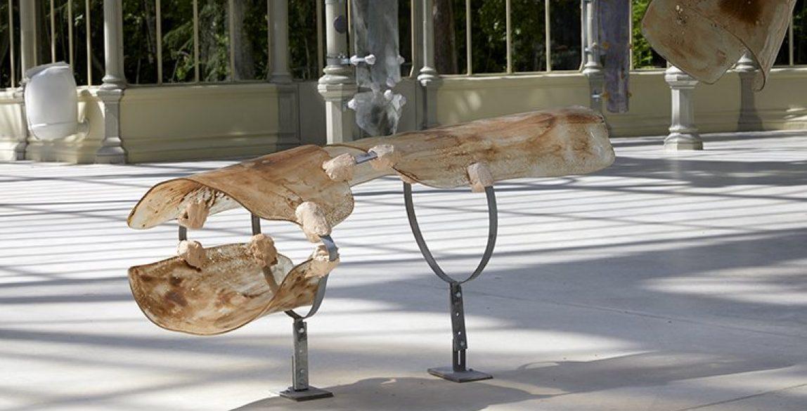Vista de la exposición 'Nairy Baghramian. Breathing Spell' (Un respiro), Palacio de Cristal.