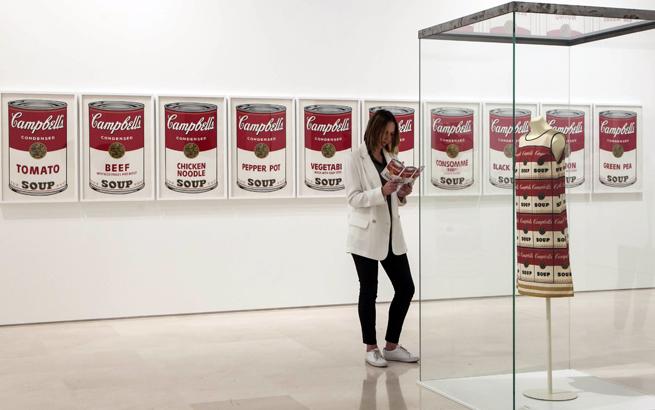 """""""Warhol. El arte mecanico"""". Museo Picasso Malaga. © MPM / jesusdominguez.com"""