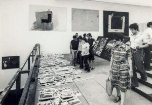 Vista de la exposición en la Biena de Venecia de 1976.