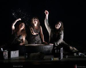 Claudia Huckle (Flosshilde), Isabella Gaudí (Woglinde), Maria Miró (Wellgunde). © Javier del Real | Teatro Real.