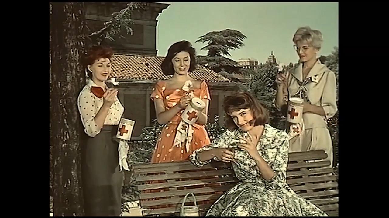 'Las chicas de la Cruz Roja' de Rafael J. Salvia, 1958. Producida por Asturias Films. Imágenes cedidas por Video Mercury Films.