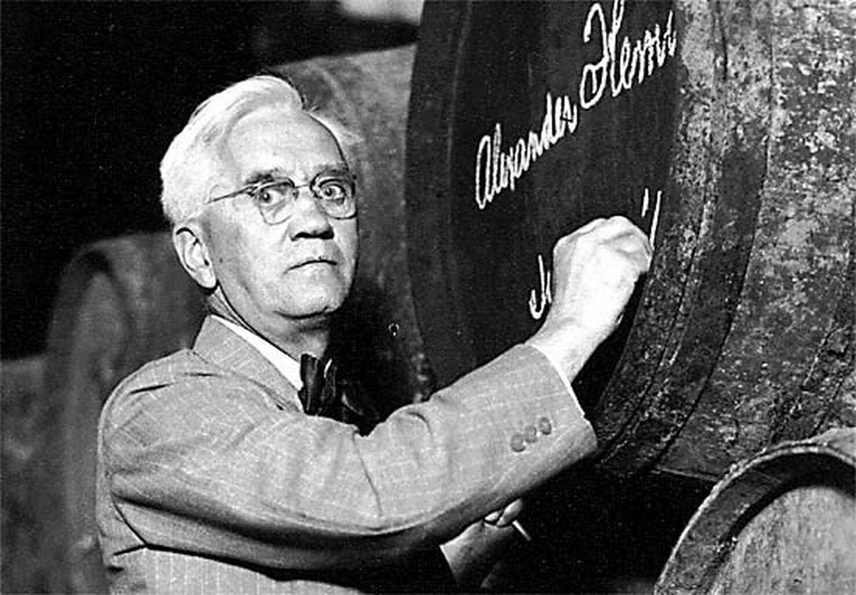 Alexander Fleming en las Bodegas Domecq de Jerez.