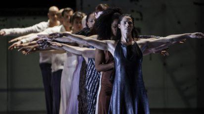 Dido & Aeneas. Sasha Waltz & Guest. ©Sebastian Bolesch.