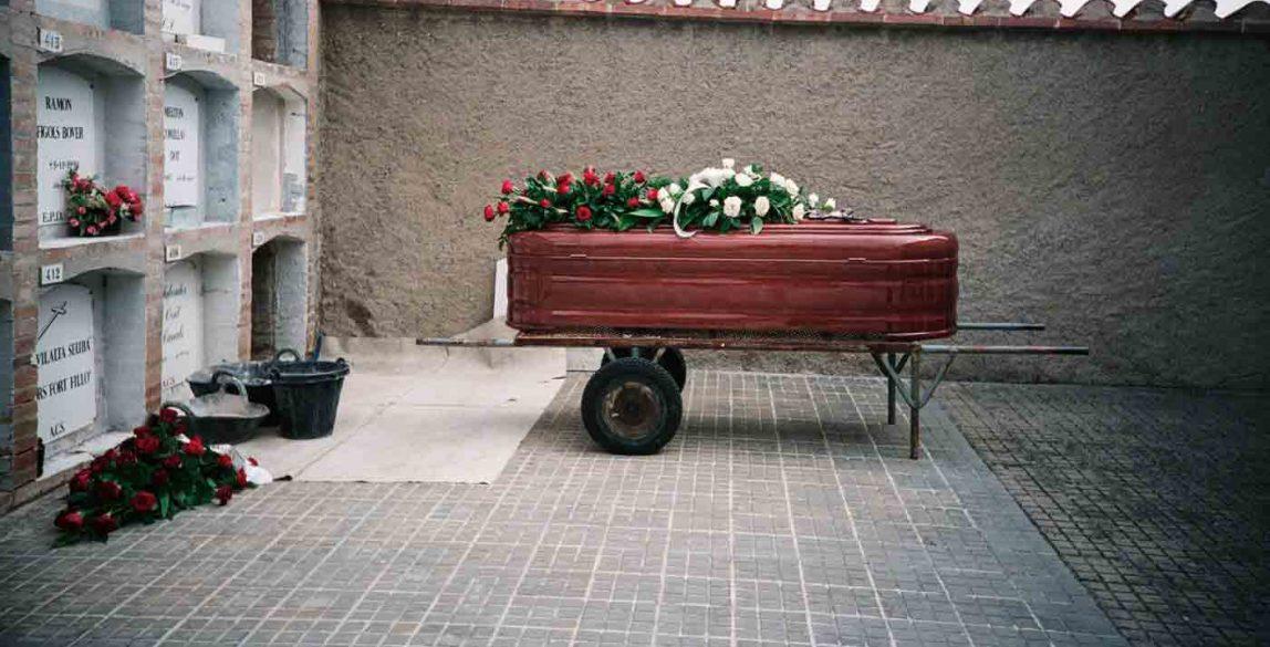 Caixa, 2003. Violència aplicada. Tanit Plana.
