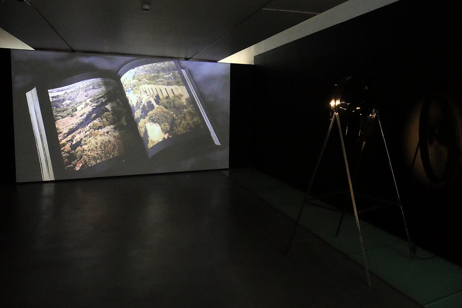 Vista de la exposición 'Fabrizio Plessi. 30 años en Mallorca'. Es Baluard. © de la obra, Fabrizio Plessi, 2019.