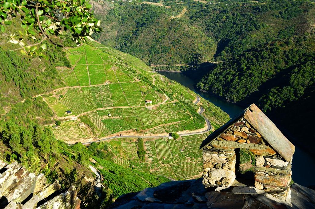 Capela de San Mauro, Miradoiro Pena do Castelo.