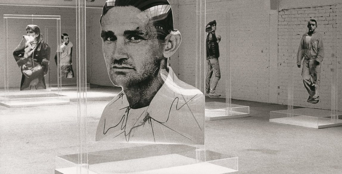 Exposición de Darío Villalba en la Galería Vandrés. Madrid, 1974.