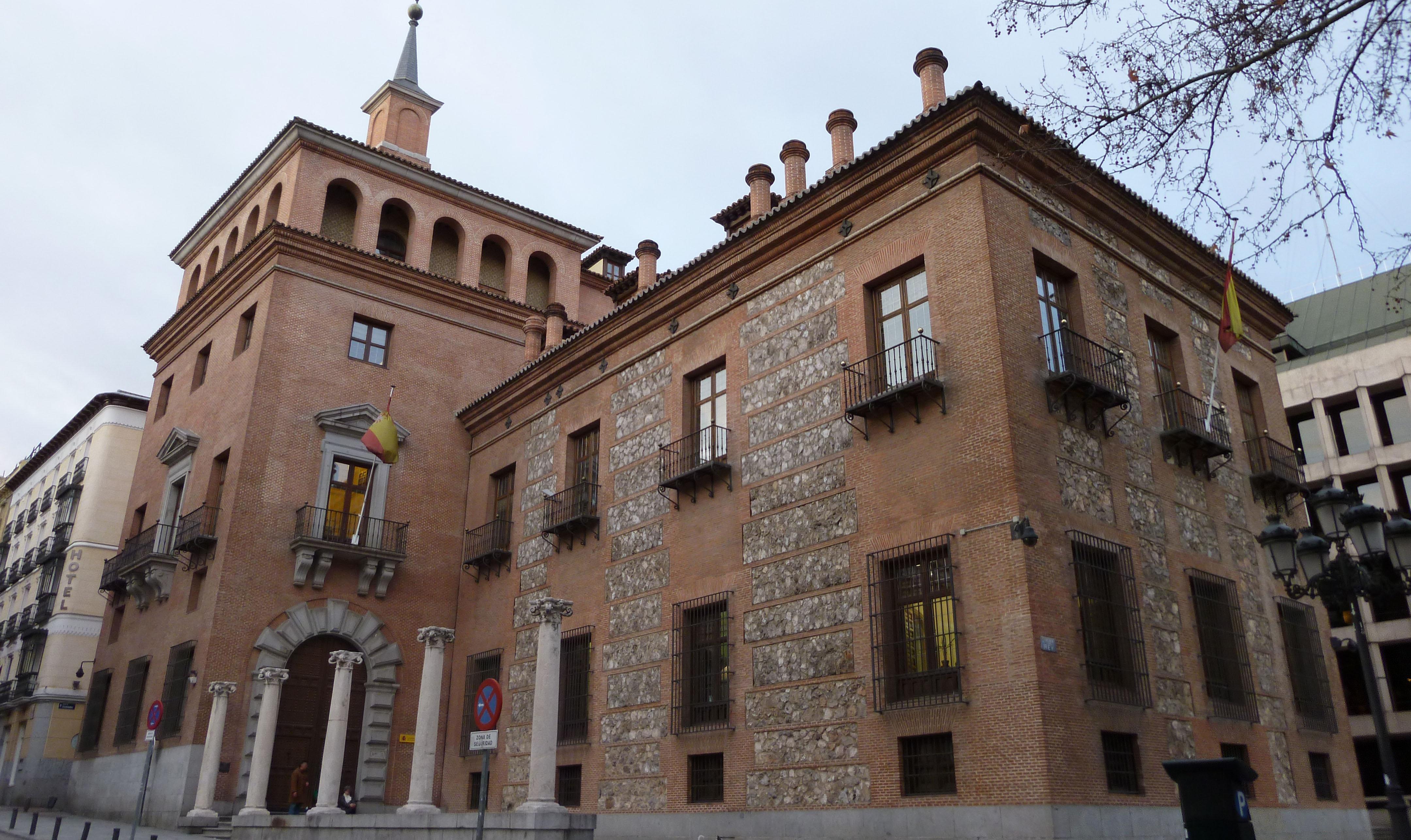 Casa de las Siete Chimeneas (1577). Sede del Ministerio de Cultura en Madrid. Foto: Luis García.
