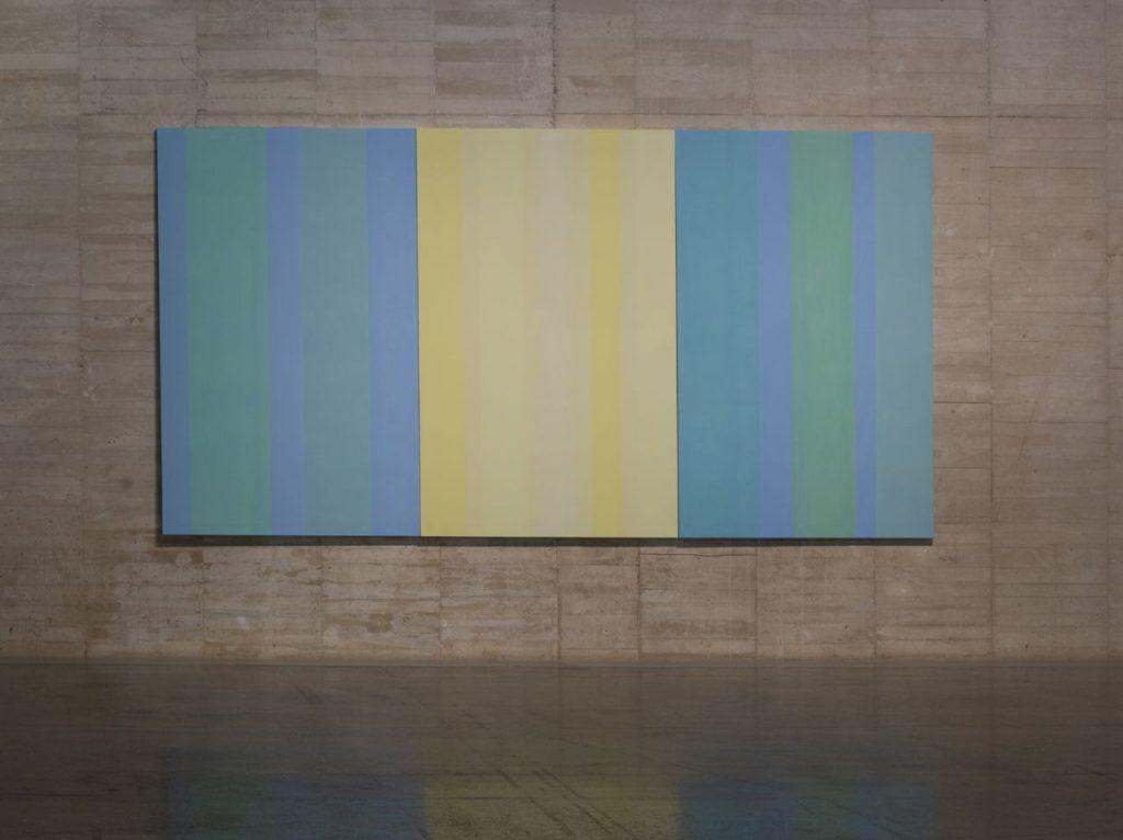 MARÍA LARA. Sin título (2012) Acrílico sobre tela. 195 x 390 cm. Cortesía de la artista.