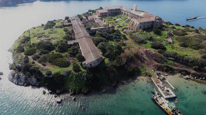 Vista aérea de la Isla del Rey, cortesía Hauser & Wirth. Foto Hélène Binet.
