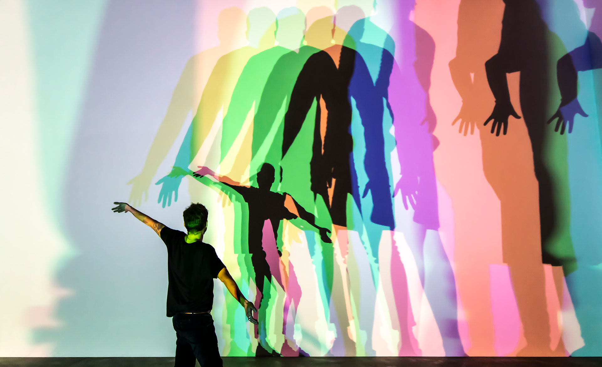 Olafur Eliasson. Tu incierta sombra (color), 2010. Thyssen-Bornemisza Art Contemporary Collection, Viena. © Olafur Eliasson. Foto: María del Pilar García Ayensa / Studio Olafur Eliasson.