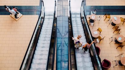 man-people-escalator-transport-store-couple-701239-pxhere.com