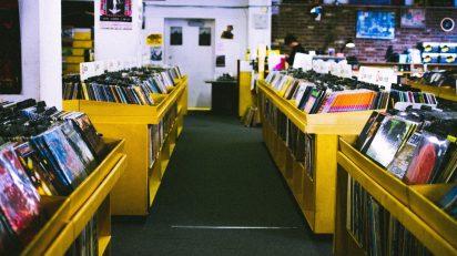 music-restaurant-records-albums-vinyls-record-store-860391-pxhere.com