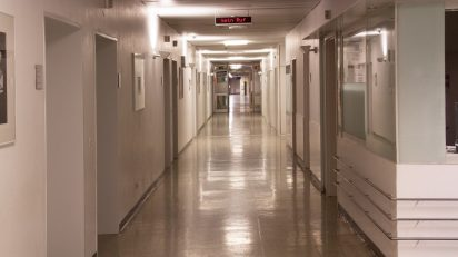 light-night-floor-escape-hall-lighting-1413615-pxhere.com