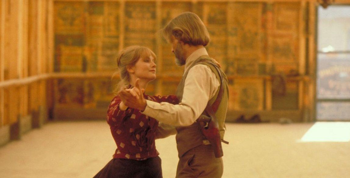 Isabelle Huppert y Kris Kristofferson en 'La puerta del cielo' (1980).
