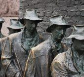 sculpture_art_breadline_bronze_depression_1930_unemployment-1259427.jpg!d