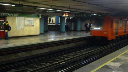 Estación Santa Anita_-_Línea_8_-_Metro_de_la_Ciudad_de_México_-_Andenes