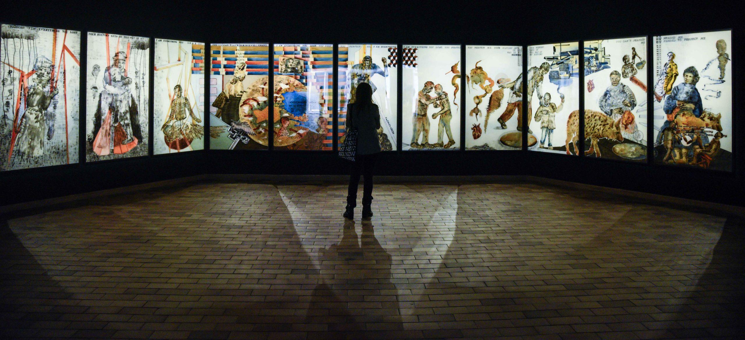 """La Fundació Joan Miró y la Fundación """"la Caixa"""" presentan la exposición 'No me oyes' de Nalini Malani."""