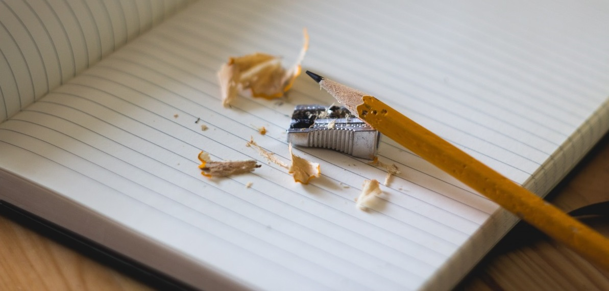 pencil_sharpener_notebook_paper_education_office_supplies_stationery-697821.jpg!d