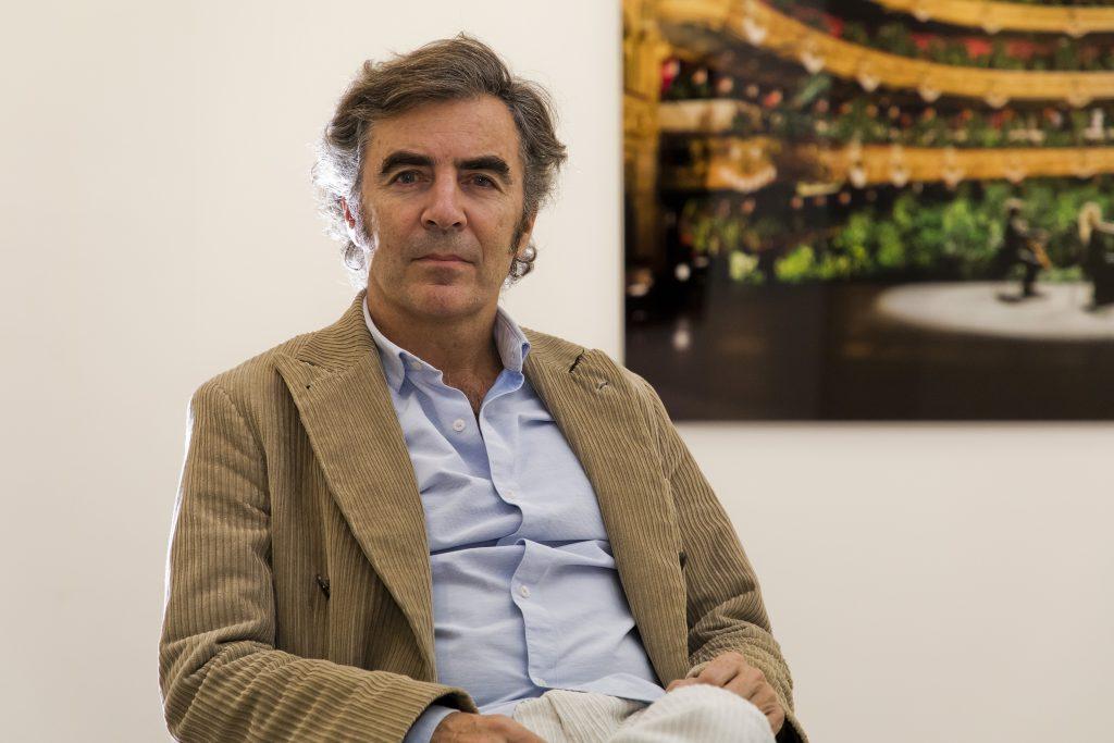 Alberto de Juan, propietario y director de la Galería Max Estrella. © Luis Domingo.