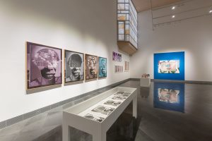Exposición 'Memorándum' de Luis Gordillo en el Museo Universidad de Navarra.