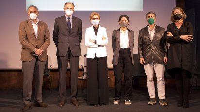 Premios Soledad Lorenzo. De izquierda derecha: Julián Zabala, Guillermo de Osma, María Dolores Jiménez-Blanco, Joana Roda, Alberto de Juan y Valerie Maasburg.