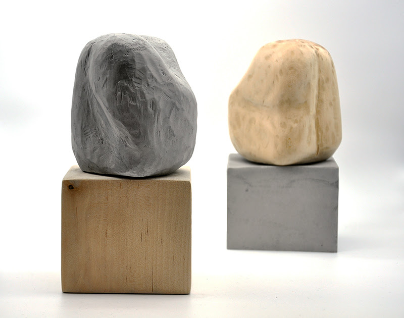 Cristina Avello. 'Lo que ocurre en el interior', 2021. Instalación de esculturas de madera de abedul y escayola. Cortesía de la Galería Lucía Mendoza.