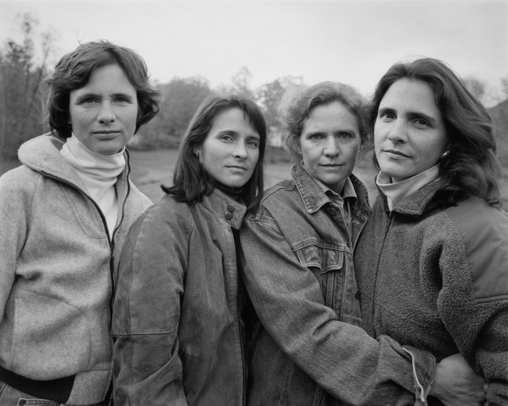 Fundación MAPFRE Collection. © Nicholas Nixon. Las hermanas Brown, 1990. Plata en gelatina.
