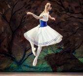 ANA SOPHIA SCHELLER. Bailarina invitada de la CND. KSENIA ORLOVA PHOTOGRAPHY.