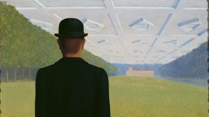 René Magritte. 'El gran siglo', 1954. Óleo sobre lienzo, 50 x 60 cm. Kunstmuseum Gelsenkirchen, lb 65/27. © René Magritte, VEGAP, Madrid, 2021.