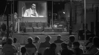 El acto de entrega del II Premio Internacional de Cuentos Breves Maestro Francisco González Ruiz congregó a alrededor de 250 personas. Foto: Rodrigo Valero.