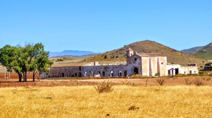 Cortijo del Fraile. Parque Natural Cabo de Gata. Escenario del crimen que sirvió de inspiración a 'Bodas de Sangre'.